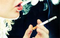 Даже всего несколько сигарет в сутки повышают риск ревматоидного артрита