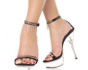К артриту приходят на высоких каблуках