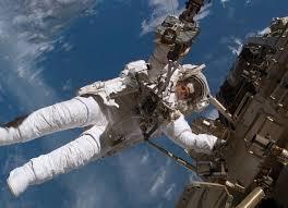Пребывание в космосе чревато слепотой, выяснили ученые