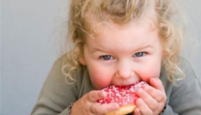 5 самых вредных продуктов для ребенка