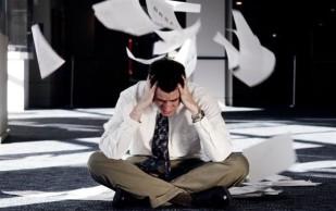 Длинный рабочий день приводит к проблемам с мозгом