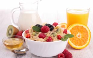 Пропуск завтрака по утрам грозит заболеванием сердца
