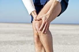Боли в суставах ног. Почему болят суставы ног (коленный, тазобедренный и др.)