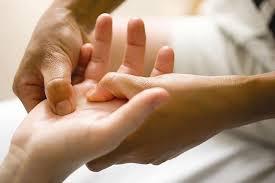Массаж суставов рук — «сухое умывание»