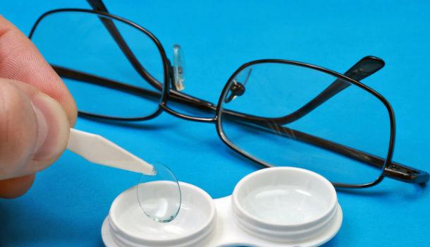 Линзы или очки: преимущества и недостатки