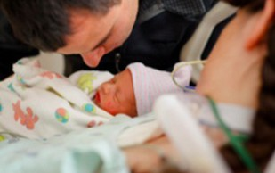 Кома не помешала американке родить доношенного ребенка