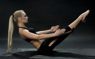 Оптимальный дневной старт для позвоночника: упражнения для спины
