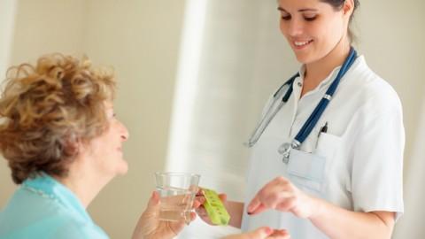 Витамин D и кальций не защищают пожилых людей от переломов