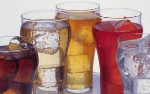 Камни в почках появляются от пристрастия к сладким напиткам