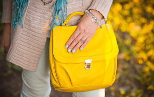 Преимущества желтой сумки