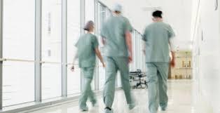 Половина главврачей больниц Москвы не соответствует занимаемой должности