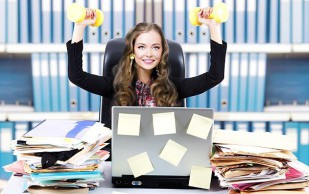 Простые упражнения, позволяющие победить усталость на работе