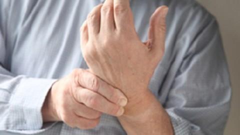 Стали известны причины онемения руки