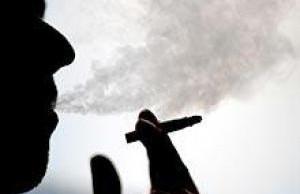 Даже несколько сигарет в день повышают риск ревматоидного артрита