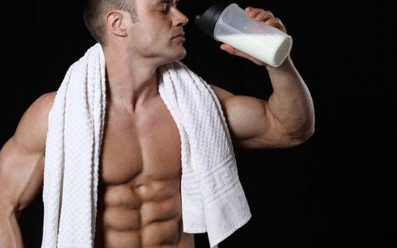 Почему не стоит увлекаться спортивным питанием