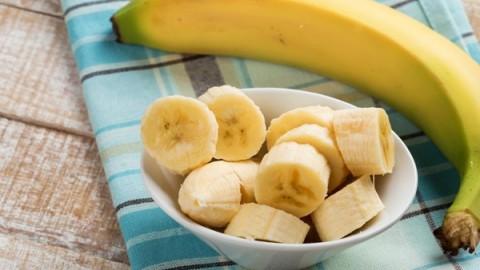 Оказывается, что банан помогает избавиться от прыщей