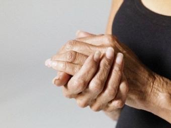 Ученые научились диагностировать артрит до его проявления