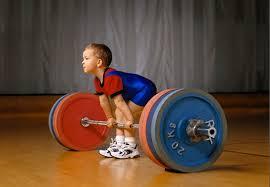Медики: силовые тренировки полезны для костей