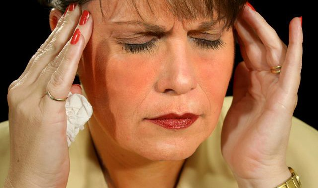 Что такое мигрень – причины возникновения, симптомы