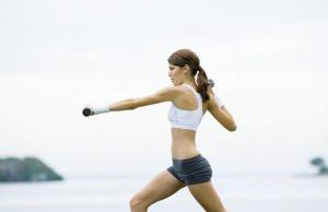 Чрезмерная физическая активность может привести к повреждению суставов ног