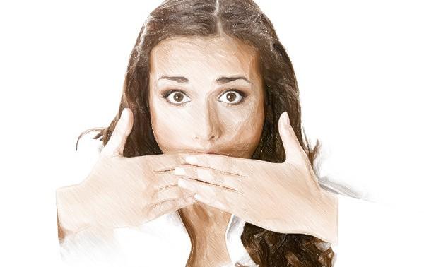 Неприятный запах изо рта: симптом болезни или нормальное явление?