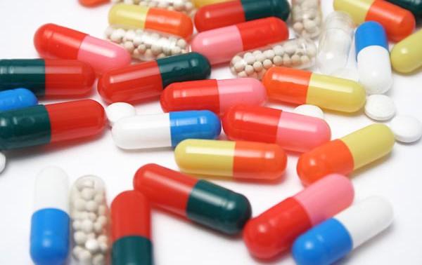 Антибиотики связали с риском развития ювенильного артрита