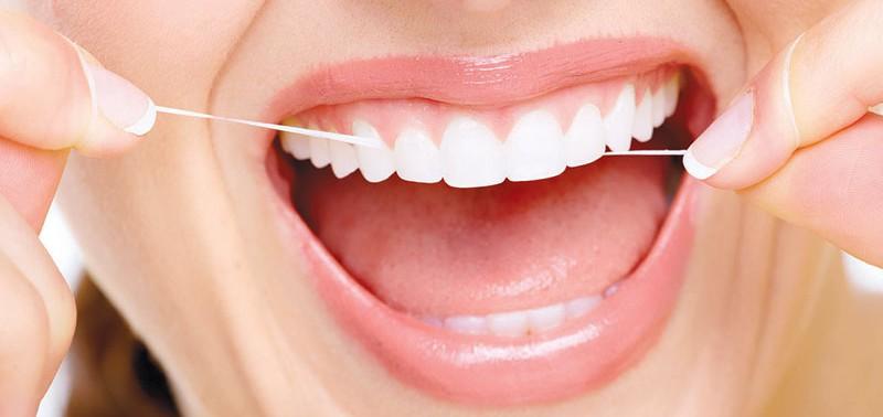 Зубная нить: мнение стоматолога
