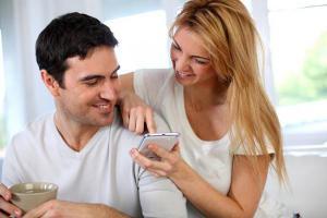 Частое использование планшетов приводит к болям в шее