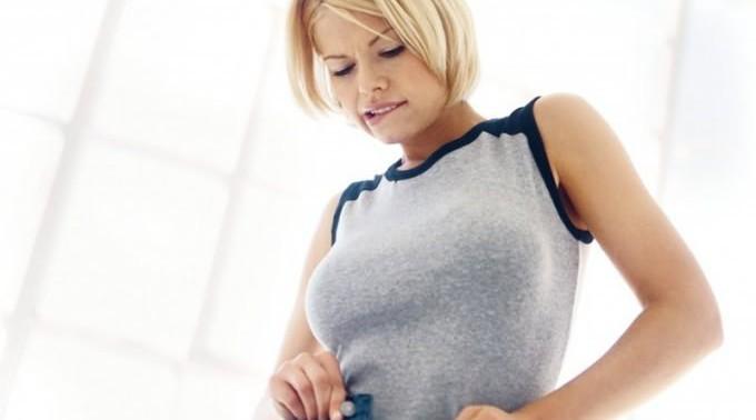 7 способов, которые помогут скрыть пару лишних килограмм
