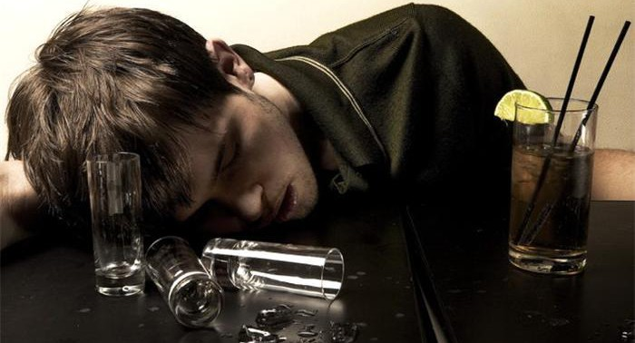 Как лечить человека от алкоголизма если он не хочет