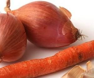 Морковь, лук и ромашка помогут при почечной колике