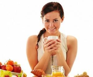 9 секретов питания, которые продлят молодость