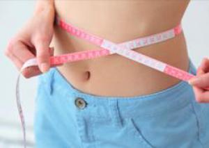 Основная причина ожирения кроется в неправильном питании и высоком содержании сахара в пище