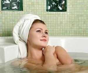 Лечение болей в спине и суставах тепловыми ваннами, аппликациями и компрессами