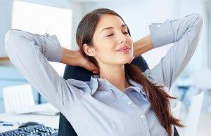 Скорая помощь позвоночнику: офисная гимнастика для профилактики остеохондроза
