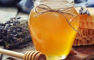 Простой рецепт для лечения суставов: мед и желатин