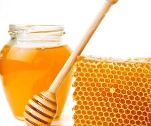 Нетрадиционные методы лечения ревматизма: мед, соль и глина