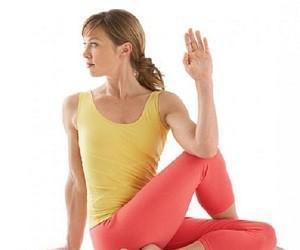 Правильная осанка: 4 простых упражнения
