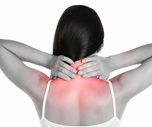 Боль в шее: 8 тайных причин, ее вызывающих