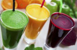 Исследователи: фруктовые соки «убивают» печень
