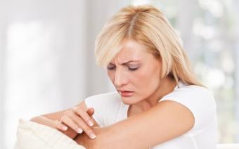 Избавляемся от боли в руках. Что делать, если болят руки на сгибе локтя?