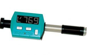 Оборудование, позволяющее проверить технические качество материала, по твёрдости — твердомер по методу Роквелла.