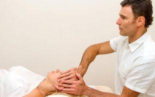 Врач-остеопат — кто это?