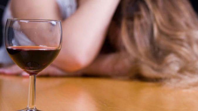Алкоголизм — проблема, но не приговор: как избавляться?
