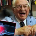Связаны ли артрит и хруст пальцами?
