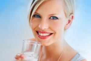 Женщины, получающие лечение лекарственными средствами, угнетающими эстрогеновую активность, расположены к «менопаузным артритам»