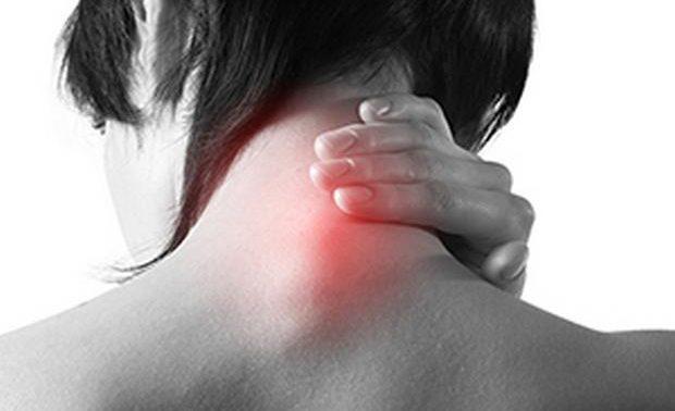 Шейный отдел позвоночника: симптомы и методы лечения межпозвоночной грыжи
