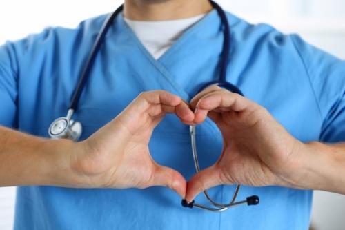 Центр лечения позвоночника и суставов «Добродел» представил новую методику УМТ-лечения болей в позвоночнике и суставах