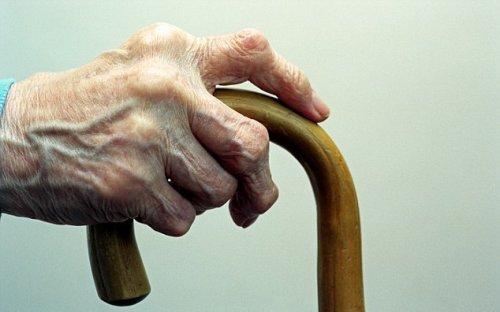 Электричество избавляет от ревматоидного артрита