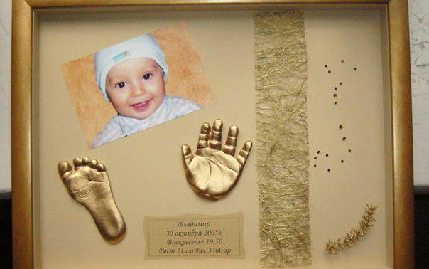 Лучшая память о детстве ваше ребенка – это слепки ручек и ножек из полимерной глины